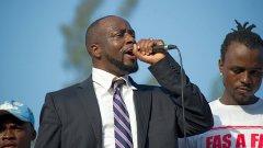 Уайклиф Жан в началото на кандидат-президентската си кампания в Хаити