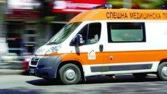 3 коли на Спешна помощ за подминали мястото, игнорирайки махащите за помощ