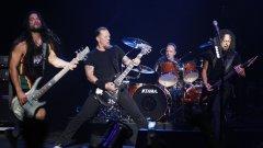 Ларс Улрих (на барабаните) разкри, че екипът на бандата работи по софтуер, който да им позволи да записват от 4 различни щата.