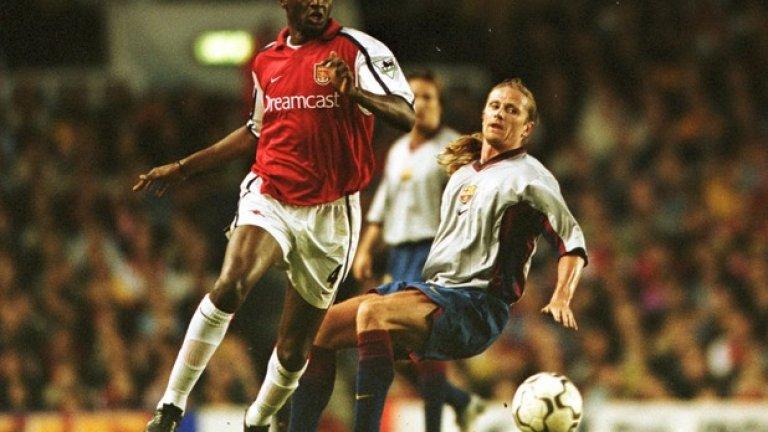 Еманюел Пти Още едно дарение към Арсенал, дошло заедно с Овермарс. Пти изглеждаше толкова добре до Патрик Виера…