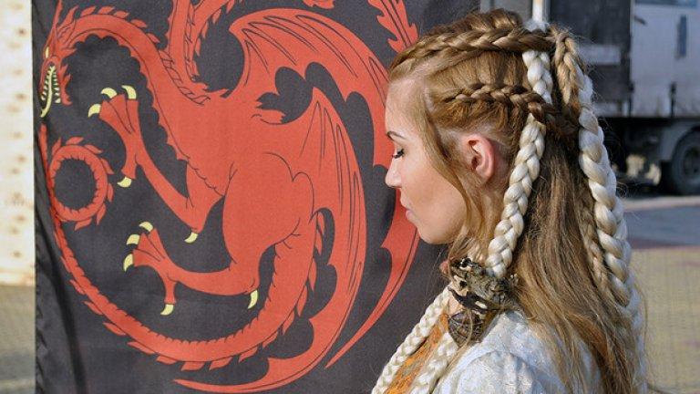 Пети сезон на Game of Thrones се снима в пет държави на 151 снимачни площадки за 240 снимачни дни. Участват 166 актьори, над 1000 души снимачен екип и повече от 5000 статисти