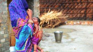 """142,5 млн. жени """"липсват"""" в света. Какво означава това?"""