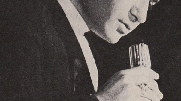 На 23 декември се навършват 76 години от рождението на Емил Димитров