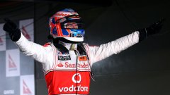 Дженсън Бътън взе победа още във втория си старт с болид на McLaren