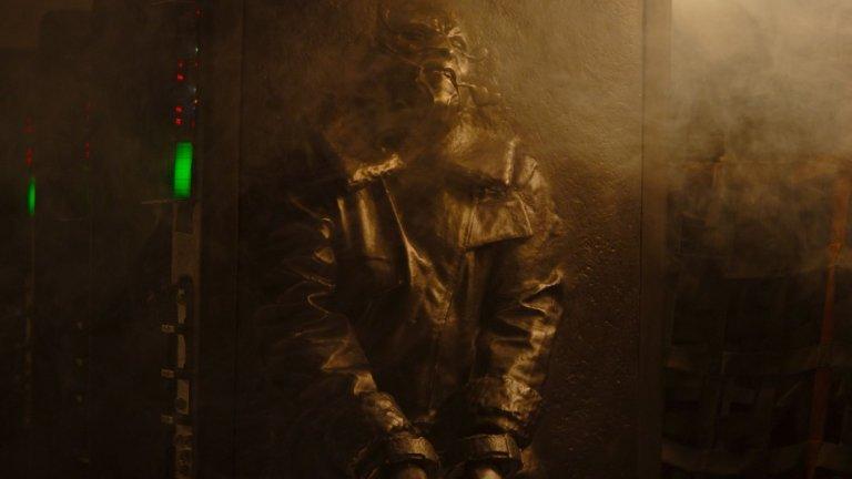 С атмосферата си и намиганията към добре познати технологии от Ерата на бунта (т.е. първите три филма на Джордж Лукас) е очевидно, че The Mandalorian е насочен към по-зрелите фенове на поредицата.