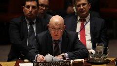 Остра размяна на реплики в Съвета за сигурност на ООН. Посланикът на Русия Василий Небензя (на снимката) прочете 30-минутна реч срещу обвиненията на Великобритания.