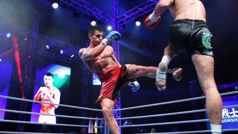 Победата за Божилов дойде чрез единодушно съдийско решение (46-50, 45-50, 46-50).  Вълнуващата предпоследна битка за вечерта бе в кат. до 71.8 кг., а рефер на срещата бе Красимир Димов.