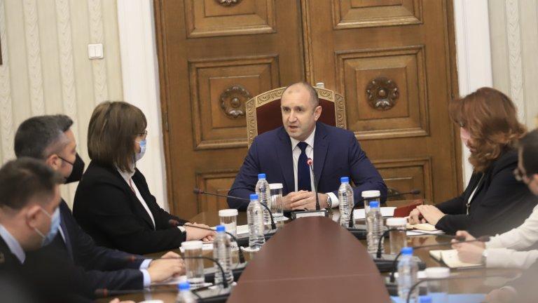 Президентът започва консултациите за състава на ЦИК