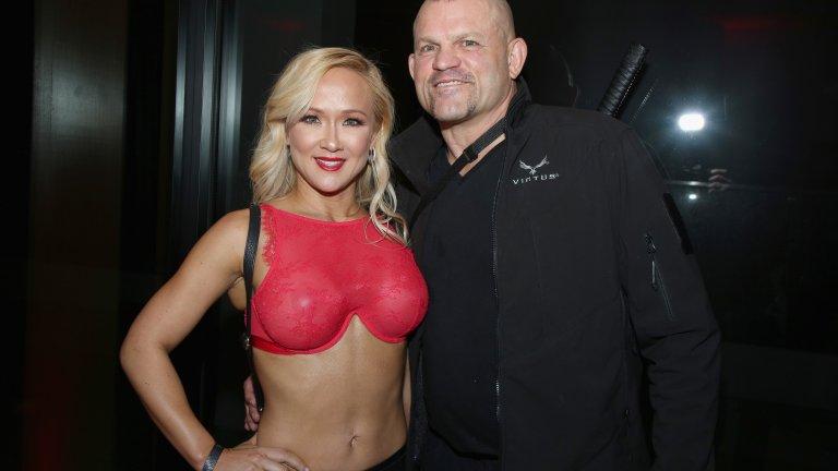 Чък Лъдел със съпругата си Хайди, с която са женени от 2010 година