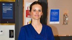 Шведската принцеса София облече медицинска униформа и се включи в помощ на заразените с COVID-19.