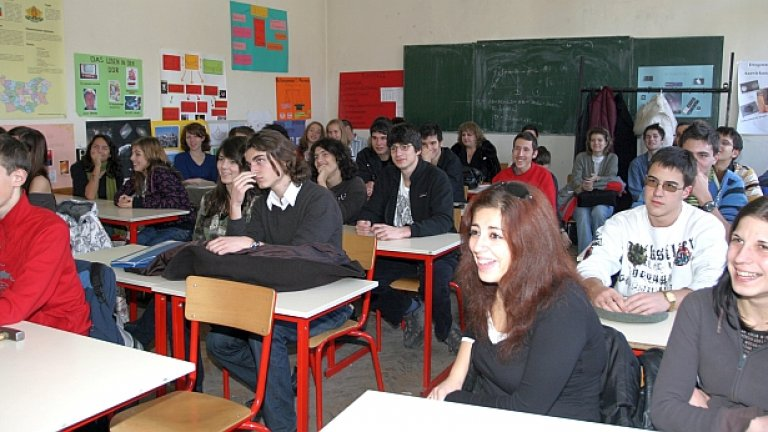 41 на сто от българските ученици са в някаква степен неграмотни...