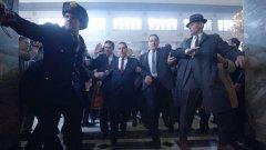 """The Irishman   В тази мафиотска биографична драма режисьорът Мартин Скорсезе събира впечатляващ актьорски състав. Ал Пачино е профсъюзният лидер Джими Хофа, който изчезва безследно, а заподозрян за инцидента е мафиотът Франки """"Ирландецът"""" Шийран (Робърт де Ниро).  Освен тях на голям екран са Джо Пеши, Анна Пакуин, Харви Кайтел и още куп популярни имена. Премиерата на филма е на 27 септември по време на кинофестивала в Ню Йорк, но ще се появи в избрани кина на 1 ноември, преди на 27 ноември да стане достъпен в платформата Netflix."""