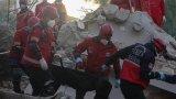 Турските власти са предоставили 3500 палатки и 13 000 легла за нуждаещите се