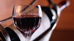 Съвременните жени пият колкото мъжете, ако не и повече. Твърдението се базира на изследване на Университета на Нов Южен Уелс.