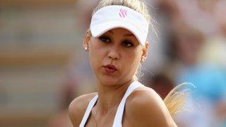 """""""Курникова беше Лолита с перфектните форми на тениса. Имаше два телефона - по един за всяко гадже"""""""