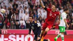 10. Роберт Левандовски, Байерн М. Полският реализатор изпраща страхотна година. Срещу Волфсбург отбеляза 5 гола за 9 минути.