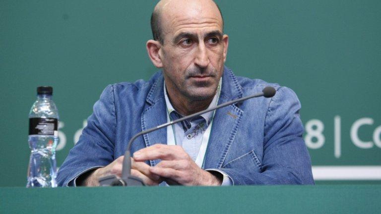 Вчера Лечков беше отстранен след гласуване от Изпълкома, но той смята решението за нелегитимно