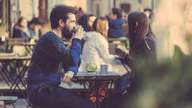 """""""Шведският проблем"""" - много хора приключват работа в 17 ч., но просто не знаят как да се изключват през свободното си време. Налице е силен обществен натиск спрямо младите хора да """"са постоянно заети и да изглеждат перфектно"""", и тази тенденция се увеличава през последните години."""