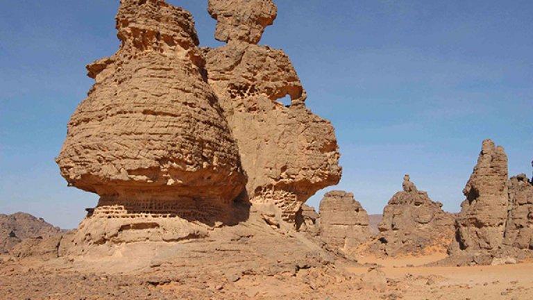 Слънцето, вятърът, горещината и студът са изваяли причудливи форми в скалите на Джебел Акакус.