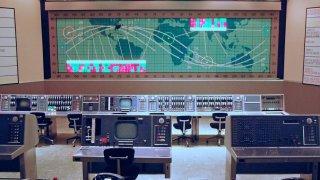 Текуин Робъртс: Непознатият герой на НАСА