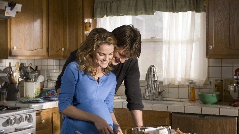 """""""Сервитьорката"""" Филмът на режисьорката и сценарист Ейдриън Шели е пълен с изненадващи съставки, а в главната роля може да гледаме известната ни от сериала """"Фелисити"""" Кери Ръсел: едно много симпатично мъжко момиче. Колко струват мечтите на сервитьорките, имат ли изобщо мечти момичетата, които ни сервират коктейлите и къде във всичко това е любовта - гледайте в """"Сервитьорката""""."""