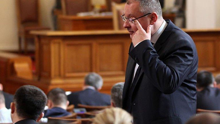 Възможно е в петък, 23 май, в пленарната зала да няма кворум