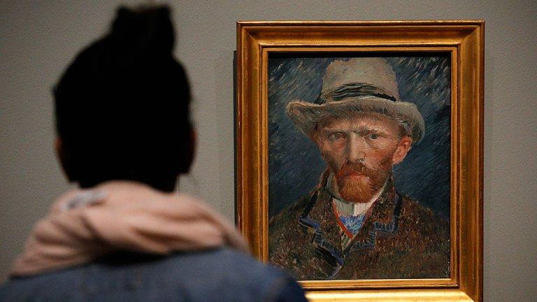 Изчезналите картини на Ван Гог През декември 2002 г. крадците използват стълба, за да се изкачат на покрива на музея на Ван Гог в Амстердам и крадат  две картини на стойност общо 30 милиона долара само за няколко минути. Те успяват да заобиколят охранителните камери и влизат през покрива. Имали са достатъчно време да избягат преди включването на алармите. Крадците са арестувани две години по-късно, но картините така и не са намерени. И до днес музеят предлага награда от 100 000 евро за връщането им в добро състояние.