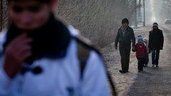Все повече мигранти бягат обратно към Турция