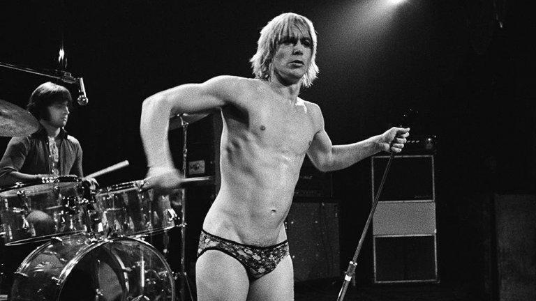 За Иги Поп и The Stooges изцепките са нещо обичайно, но краят на турнето им през 1974 г. бележи своеобразен връх