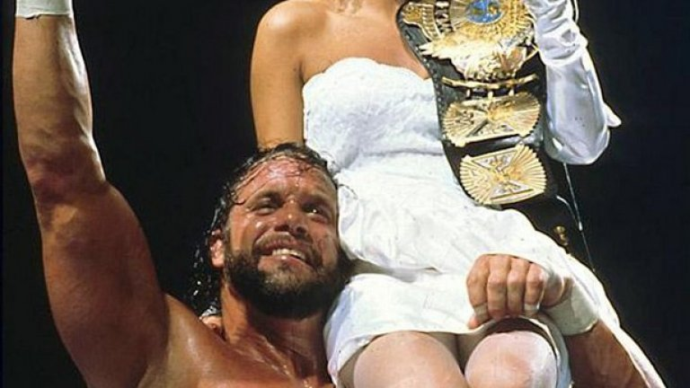 Отново Мачо Мен, който е украсил с пояса си на шампион  една от ослепителните дами на ринга в онези години - Елизабет.