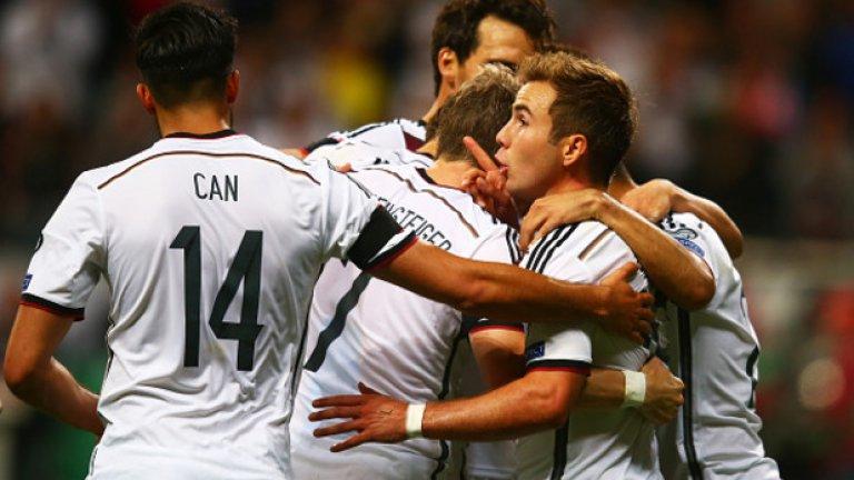Марио Гьотце отбеляза два от головете за победата с 3:1 над Полша