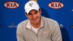 Роджър Федерер започна с победа участието си в Откритото първенство на САЩ и изравни рекорда на Андре Агаси за спечелени победи в турнирите от Големия шлем