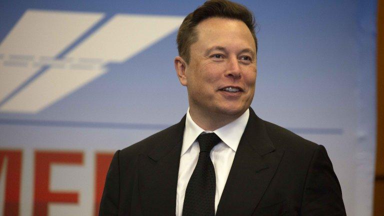 Причината за загубата е спадът в цената на акциите на Tesla