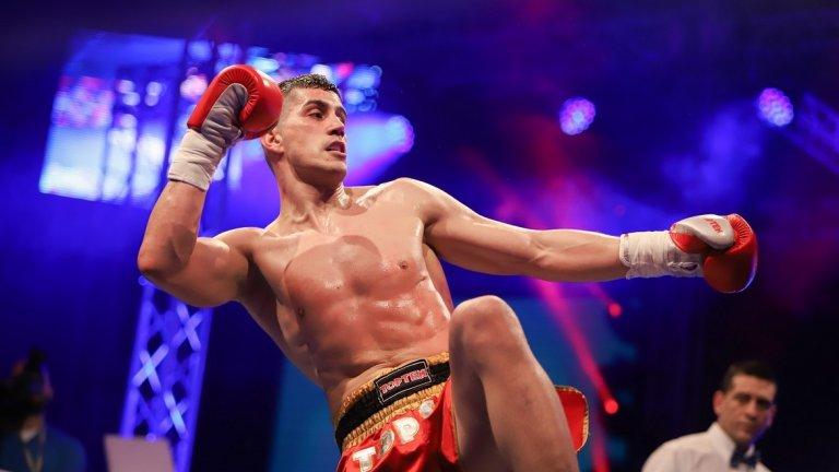 Корунчев и Ялови вече са се срещали веднъж на ринга. На световното първенство по кикбокс на WAKO през 2017 година българинът успява да спечели двубоя по точки.