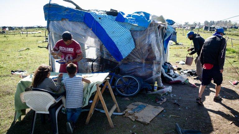 Според официалната статистика жилища не стигат за близо 3.6 милиона семейства