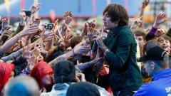 Безкомпромисната шефилдска рок група Bring Me the Horizon направи успешен албум благодарение на PledgeMusic