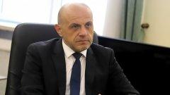 Томислав Дончев: Политиката не е само говорене, а носене на отговорност