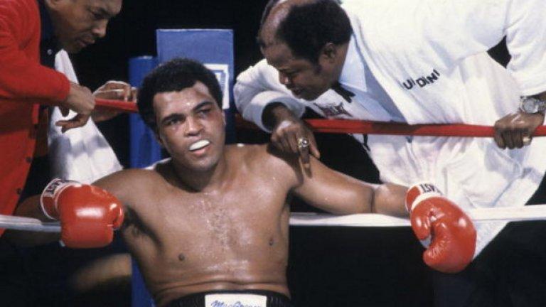 """Още от малък, Тайсън е страхотен фен на Али: """"Бях обиден от начина, по който победи Али. На връщане към Катскил никой не каза и дума в колата. Всички бяхме много разстроени. На следващата сутрин Къс се обади на Мохамед Али и му каза """"Тук имам едно младо чернокожо хлапе, което ще бъде световен шампион някой ден и искам да говориш с него"""""""
