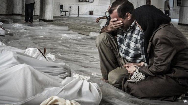 Западът обвинява за случилото се изцяло режима на Асад. Русия - като един от малкото съюзници на президента Асад - естествено твърди друго.