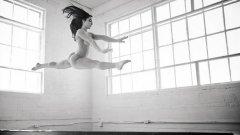 Гимнастичката Али Райзмен се оказа една от най-популярните звезди на Body Issue