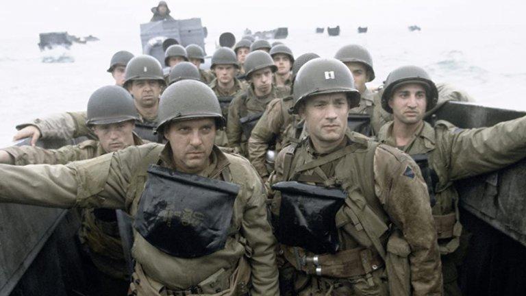 """""""Спасяването на редник Раян"""" - плажът """"Омаха""""  За да бъде заснето пресъздаването на десанта в Нормандия от Втората световна война екипът на Стивън Спилбърг използва 1000 души от армията на Ирландия, които в продължение на цяла седмица е трябвало да привикнат с американските униформи от това време. Резултатът в крайна сметка е една от най-реалистичните и впечатляващи военни сцени изобщо в киното. От най-малките детайли като мъртвата риба на плажа и кървавата вода, до абсолютния ужас, агония и тотален хаос по време на подобна битка."""