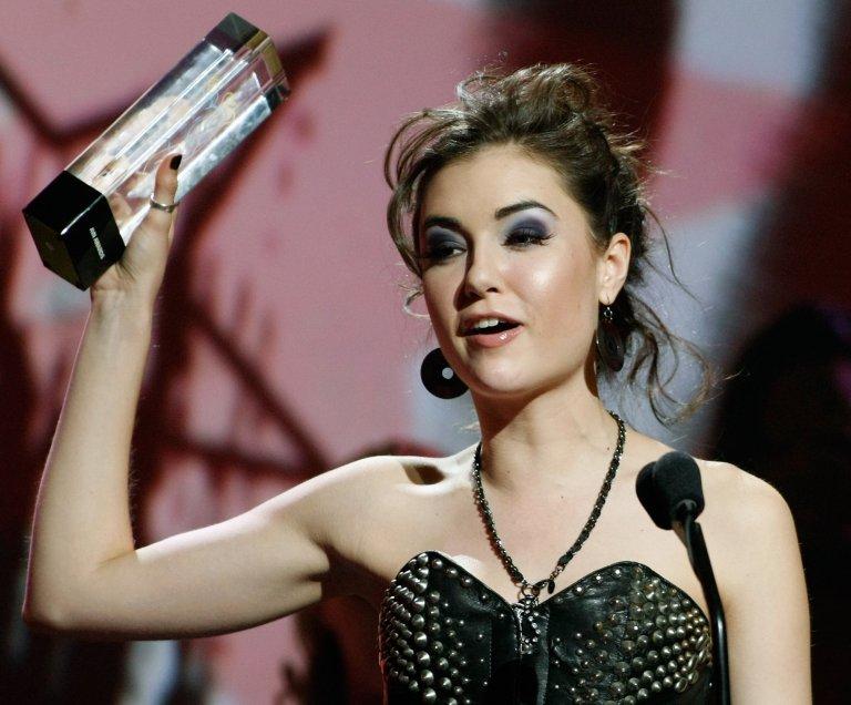 За работата си в бранша Саша дори получава награди. Снимката е от церемонията AVN, където се връчват награди за най-добрите филми за възрастни.
