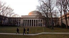 Администрацията на Обама ще отдели 12 млн. долара, които да бъдат разпределени между няколко центрове за доказване на концепции към университетите, един от които е престижният Масачузетски технологичен институт