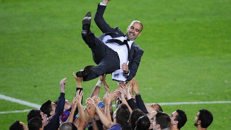 Пеп Гуардила постигна невероятни успехи като треньор на Барселона, но Невил не вярва, че е в състояние да ги повтори.