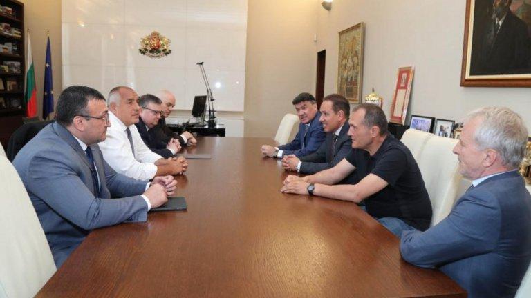 Борисов свика среща с Гриша Ганчев, Васил Божков и Георги Домусчиев