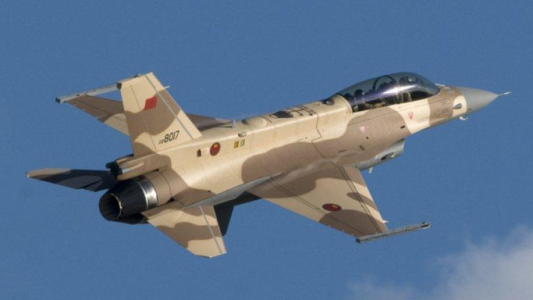 Страните от НАТО и ЕС произвеждат немалко модели изтребители, които ще прегледаме набързо и ще отбележим защо са слабо вероятен избор за България.  Lockheed Martin все още произвежда F-16. Актуалната версия, която се предлага за страни като България, е Block 50/52+. Това е една изключително зряла конструкция, която е еталон за това какво може да прави един съвременен многоцелев изтребител. Проблемът на тази опция е, че цената е сравнително висока, а политиката на САЩ при експорт на оръжия изисква 70% авансово плащане, а отговорността за търсене на банкови заеми за покриване на сделката е на клиента. За страна с нисък кредитен рейтинг като България това значи допълнително оскъпяване. Макар, че Lockheed Martin бяха сравнително активни в България, то след 2011 – 2012 г. компанията минимизира присъствието си, разбирайки че страната ни няма да може да си позволи нови изтребители.
