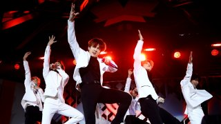 BTS разбиха рекорди в Spotify и YouTube с нова песен