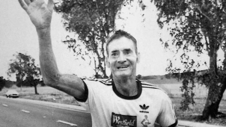 Клиф Йънг се превръща в национален герой в Австралия.