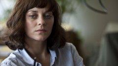Актрисата и нейният приятел Гийом Кане изпитват само леки симптоми на заболяването