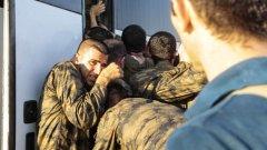 След като дали показания, близо 760 от около хилядата арестувани войници са освободени.